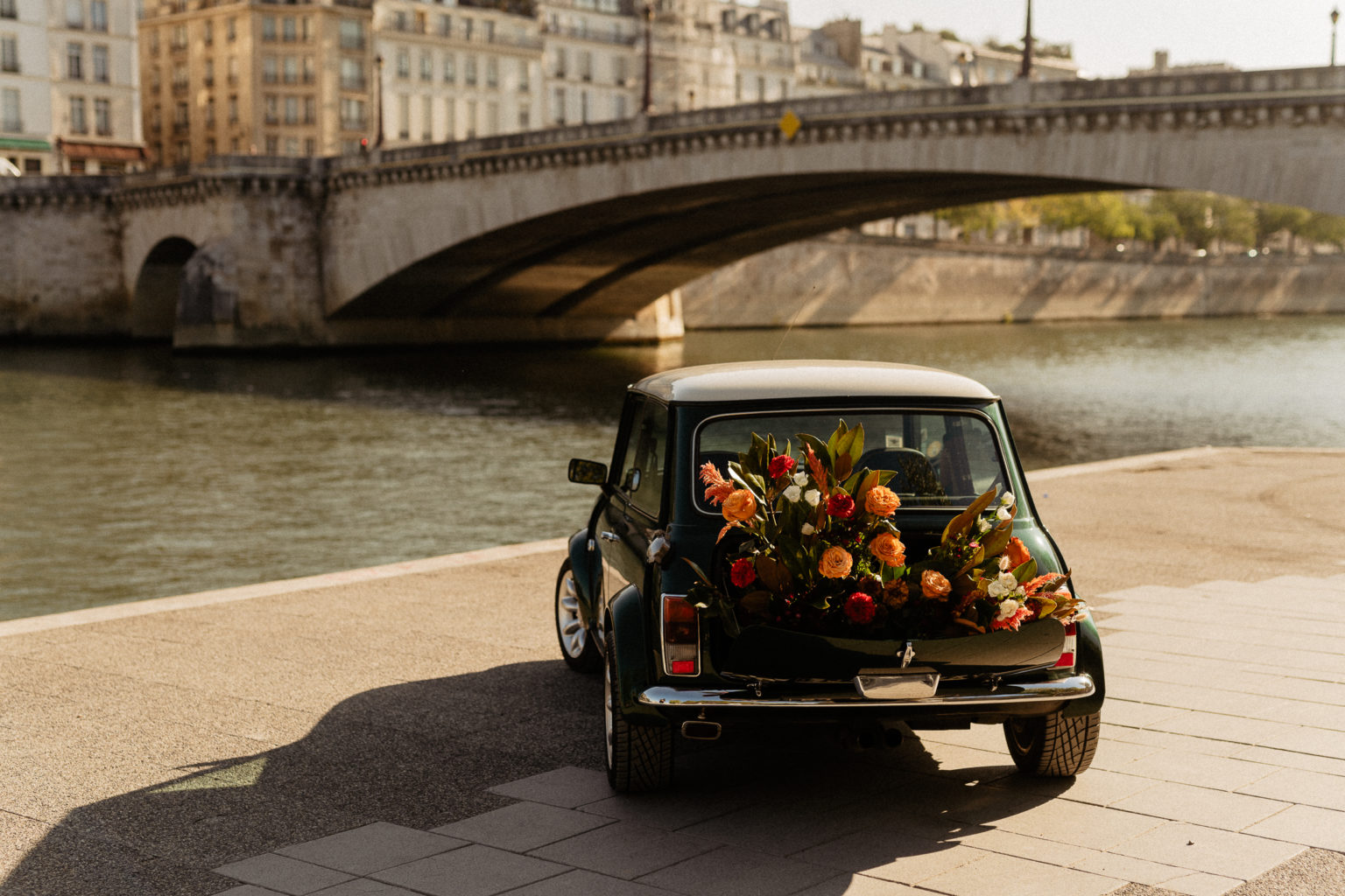 Vintage mini rental in Paris