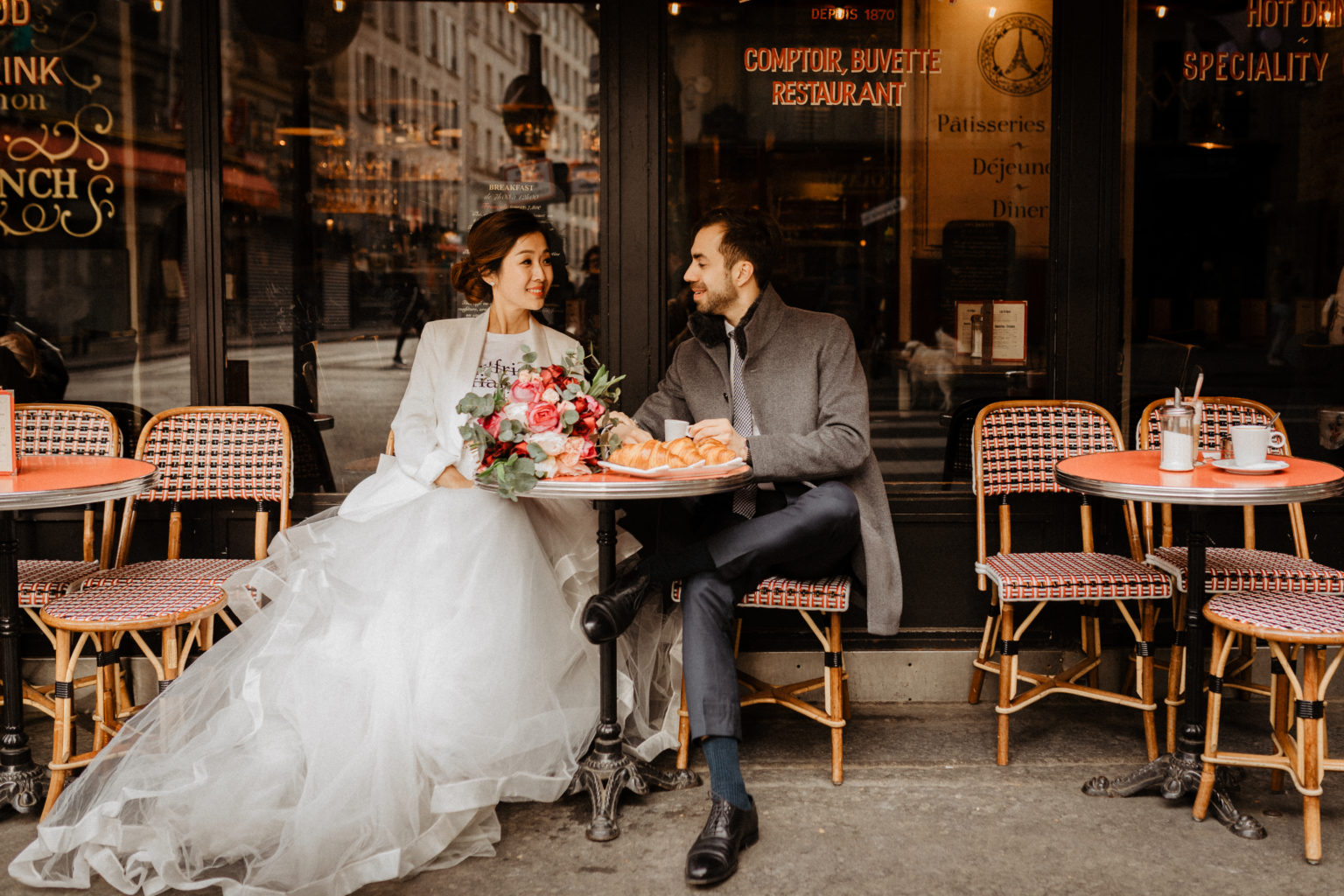 paris elopement wedding cafe