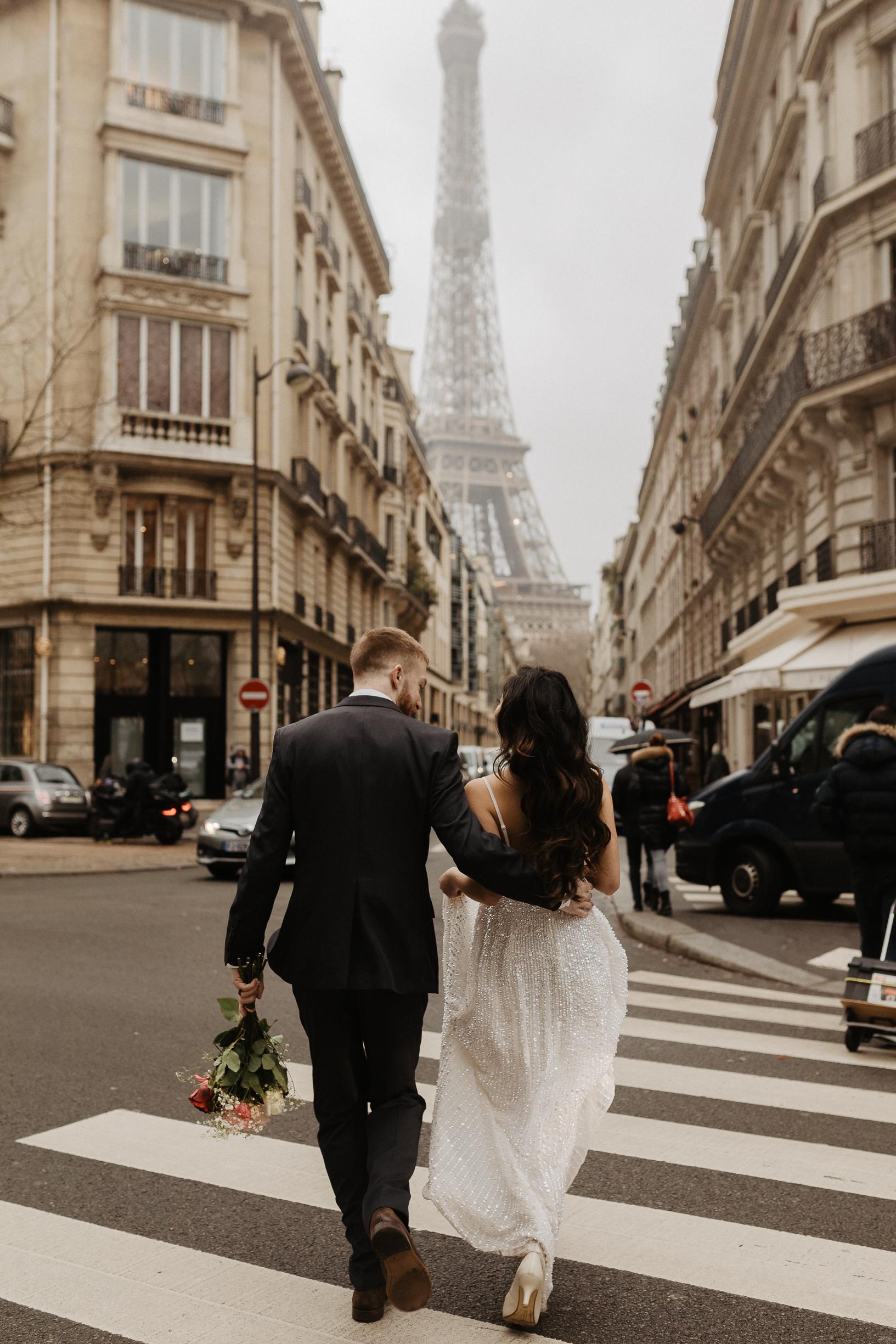 Paris elopement with eiffel tower view