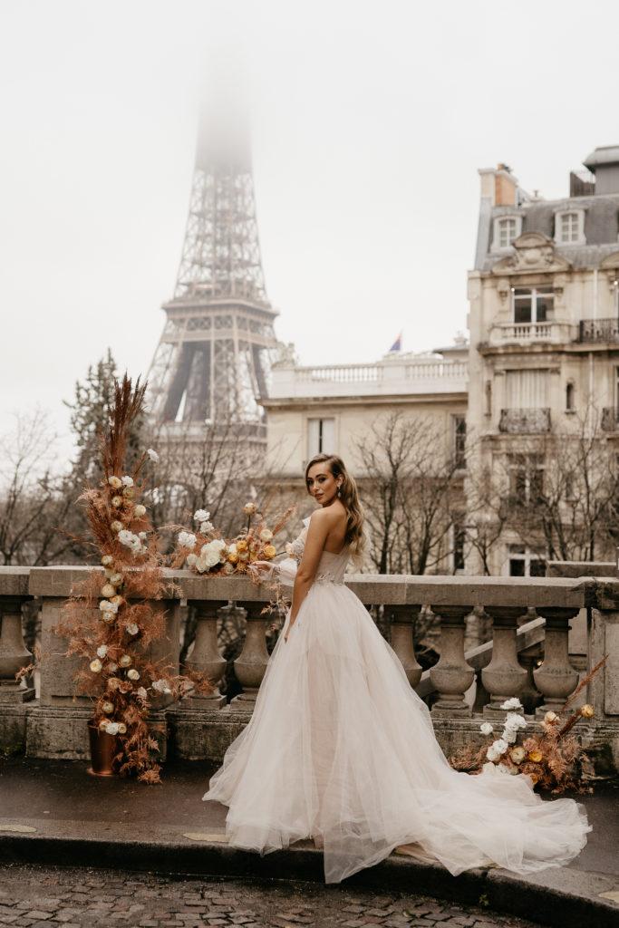 Paris elopement wedding bride