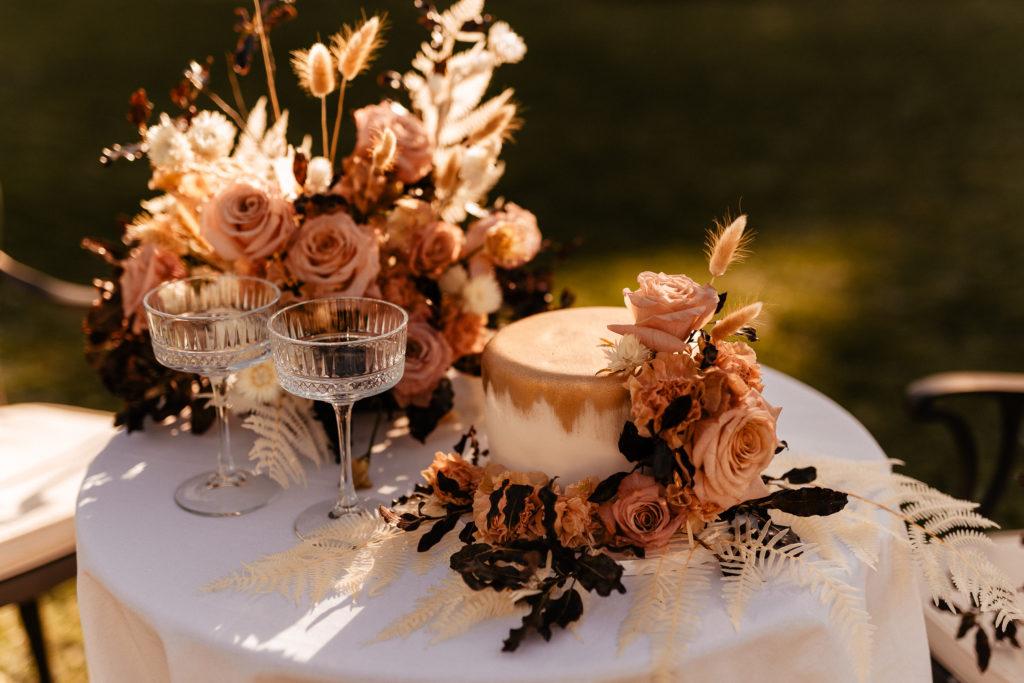 set table decoration elopement wedding